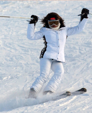 renata-skiing